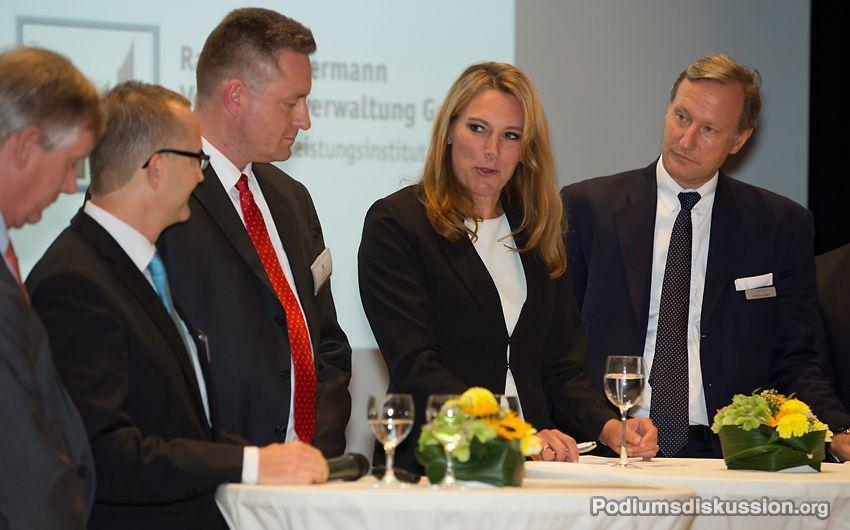 Katrin Seifarth Moderatorin auf www.Podiumsdiskussion.org