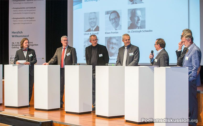 Moderation Podiumsdiskussion Prof. Timo Leukefeld